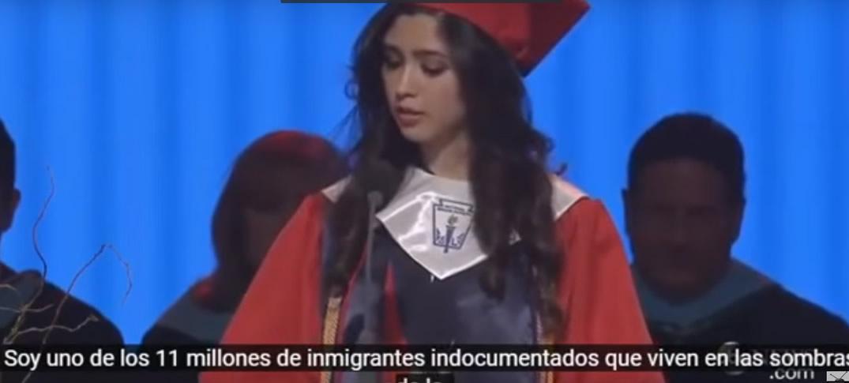 Mexicana Indocumentada Se Gradúa Con Honores En Estados Unidos