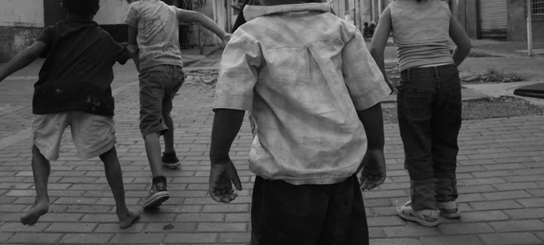 Niños Refugiados y Migrantes Que Viajan Solos Aumentan Cada Día